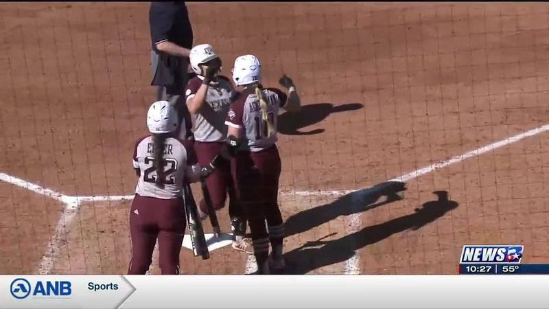 Haley Lee's Walk-off Grand Slam Produces Run-Rule Victory over Lamar