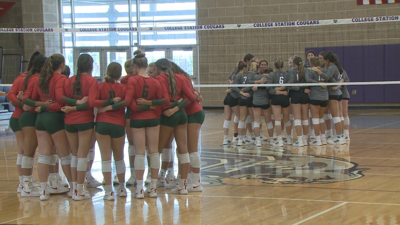 The College Station volleyball team lost to The Woodlands in 3 sets.