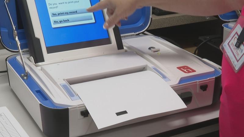 Hart InterCivic Verity Duo voting machine