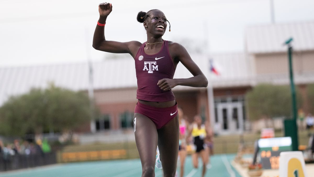 Texas A&M Track and Field's Athing Mu sets a new collegiate record in the 800m at 1:57.73 in...