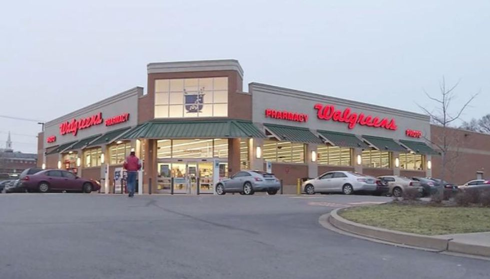 Kroger Walgreens To Stop Selling E Cigarettes In Us