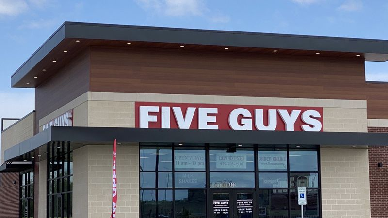 Five Guys College Station now open