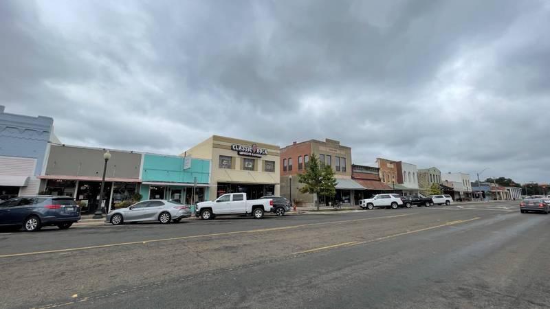 Washington Avenue In Navasota