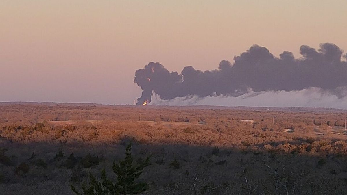 Large fire in Cameron after a major accident