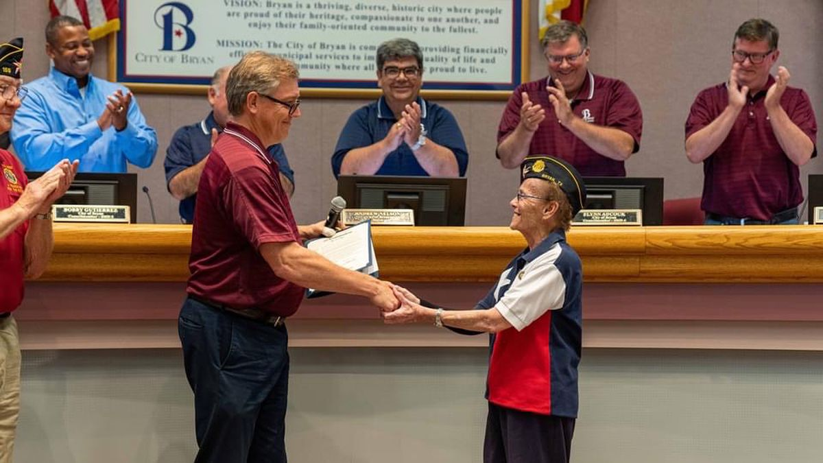 City of Bryan recognizes outstanding citizens