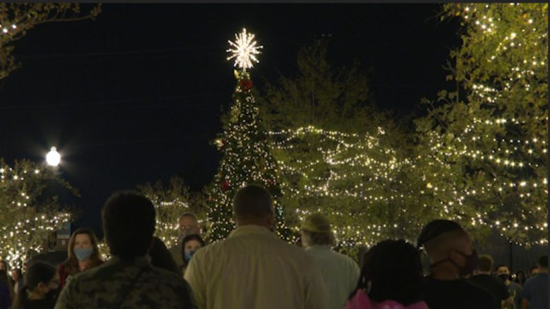 Downtown Bryan hosts Lights On