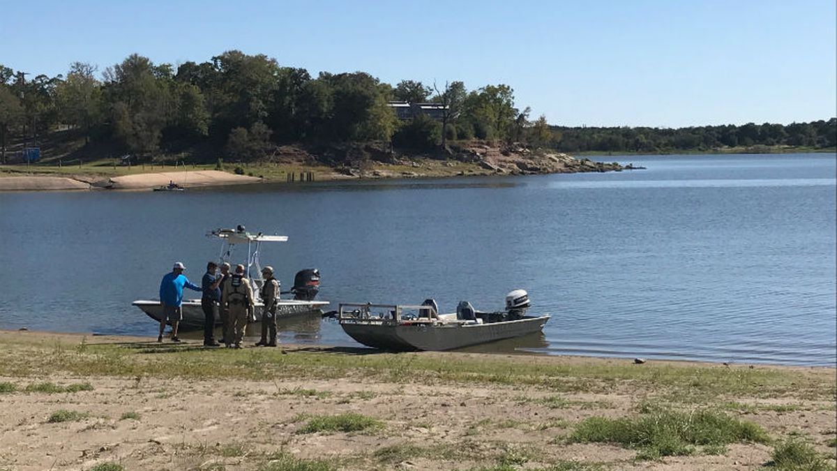 Authorities are looking for a missing man who was fishing Tuesday afternoon on Lake Somerville