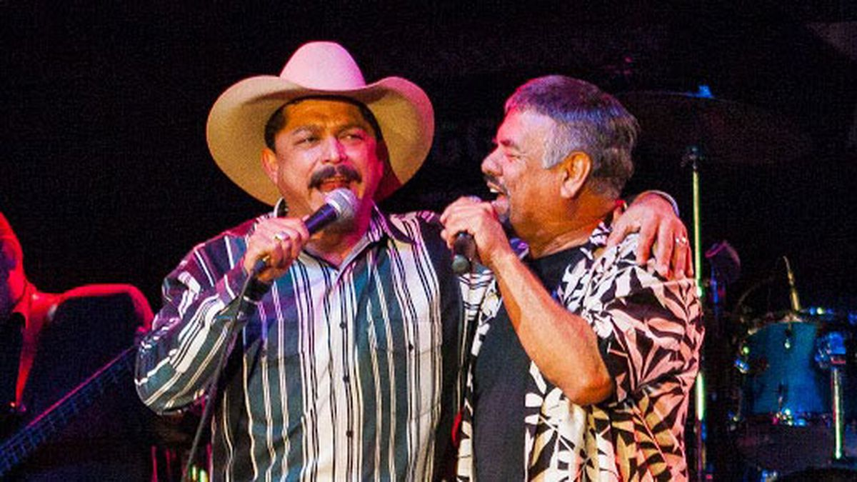 Emilio Navaira (left) and Little Joe Hernandez together on stage at the 2007 Tex Mex Fest at Billy Bob's in Fort Worth. (Photo courtesy of Lefty Ray)